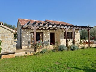 Beautiful stone house close to the beach - Adriatic Luxury Villas W14