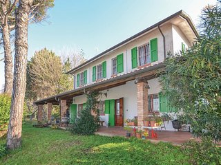 2 bedroom Villa in Vergiano, Emilia-Romagna, Italy : ref 5551769
