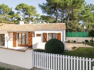 2 bedroom Villa in La Terrière, Pays de la Loire, France - 5550811