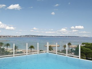 1 bedroom Apartment in Golfe-Juan, Provence-Alpes-Cote d'Azur, France : ref 5539