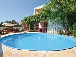 2 bedroom Apartment in Okrug Gornji, Croatia - 5562241