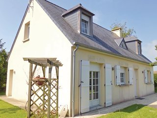 3 bedroom Villa in Quettehou, Normandy, France : ref 5522357
