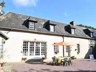 3 bedroom Villa in Nay, Normandy, France : ref 5549525