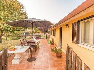 3 bedroom Villa in Pagliarelli, Abruzzo, Italy : ref 5540801