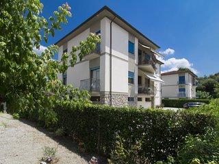 2 bedroom Apartment in Casa Gherardi, Tuscany, Italy : ref 5547923
