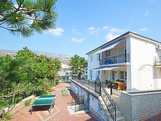 3 bedroom Apartment in Jadranovo, Primorsko-Goranska Županija, Croatia : ref 555