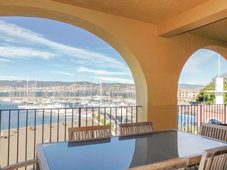 2 bedroom Apartment in Muggia, Friuli Venezia Giulia, Italy - 5550584