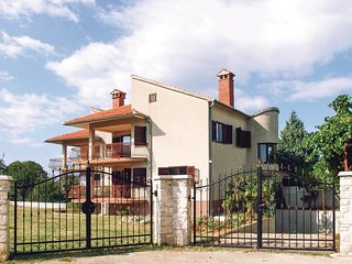 3 bedroom Villa in Bale, Istria, Croatia : ref 5546861