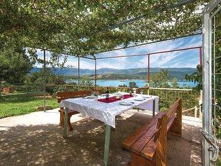 4 bedroom Villa in Garjak, Splitsko-Dalmatinska Zupanija, Croatia : ref 5521862