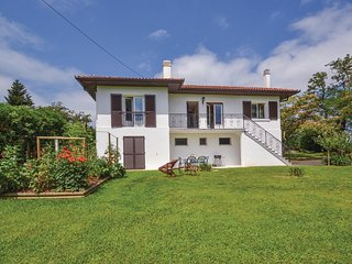 3 bedroom Villa in Espelette, Nouvelle-Aquitaine, France - 5547369