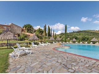 2 bedroom Apartment in Bagni di Petriolo, Tuscany, Italy : ref 5523627