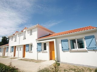 1 bedroom Villa in Le Pointeau, Pays de la Loire, France - 5536534