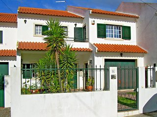 3 bedroom Villa in Lapa da Serra, Lisbon, Portugal : ref 5436221
