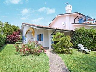 2 bedroom Villa in Isola Albarella, Veneto, Italy : ref 5434171
