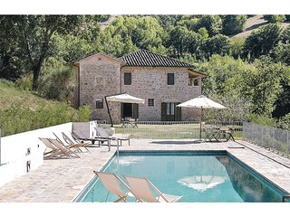 3 bedroom Apartment in San Gregorio, Umbria, Italy : ref 5523727