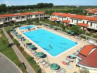 2 bedroom Apartment in Duna Verde, Veneto, Italy : ref 5434331