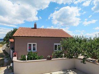 2 bedroom Villa in Dobropoljana, Zadarska Županija, Croatia : ref 5437264