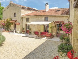 3 bedroom Villa in Salles-les-Aulnay, Nouvelle-Aquitaine, France : ref 5546762
