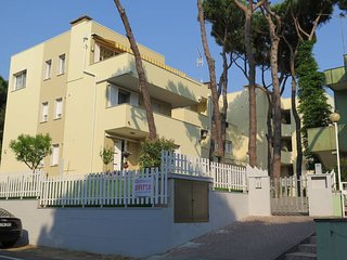 3 bedroom Villa in Rosolina Mare, Veneto, Italy : ref 5434590