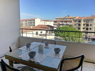 1 bedroom Apartment in Saint-Aygulf, Provence-Alpes-Cote d'Azur, France : ref 50