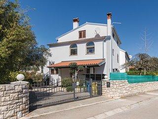 2 bedroom Apartment in Štanga, Istria, Croatia : ref 5564762