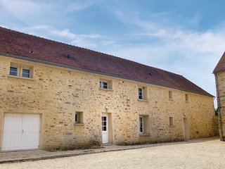 3 bedroom Villa in Villeneuve-les-Bordes, Ile-de-France, France : ref 5565586