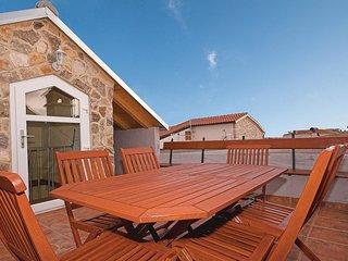 2 bedroom Villa in Vodice, Šibensko-Kninska Županija, Croatia : ref 5546770