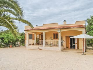 3 bedroom Villa in Santa Caterina, Apulia, Italy : ref 5574186
