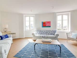 2 bedroom Apartment in Dinard, Brittany, France - 5675639