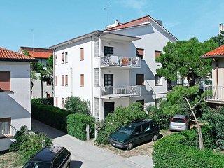 3 bedroom Apartment in Lido di Jesolo, Veneto, Italy : ref 5434459