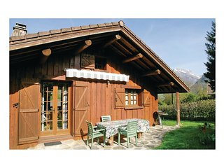 2 bedroom Villa in Cons-Sainte-Colombe, Auvergne-Rhone-Alpes, France : ref 55657
