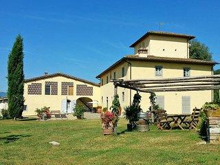 2 bedroom Villa in Castelfranco di Sopra, Tuscany, Italy : ref 5446648