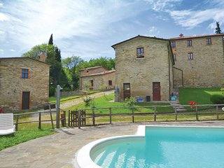 2 bedroom Villa in Molino Sant'Anna, Umbria, Italy : ref 5552053