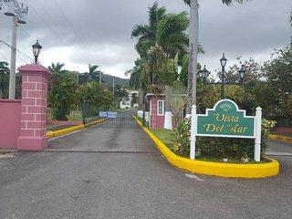 Las Fuentes-Garden View