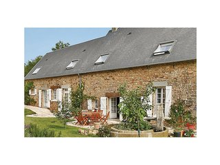 2 bedroom Villa in Saint-Léger-sur-Sarthe, Normandy, France : ref 5569956