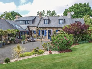 3 bedroom Villa in Trézelan, Brittany, France : ref 5538907