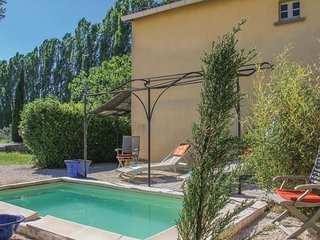 2 bedroom Villa in Pont-Saint-Esprit, Occitania, France : ref 5546422