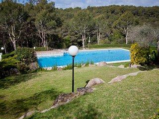 Tamariu Apartment Sleeps 5 with Pool - 5425199