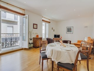 2 bedroom Apartment in Dinard, Brittany, France : ref 5636629