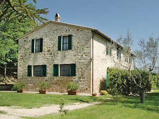3 bedroom Apartment in Capro, Umbria, Italy : ref 5540584