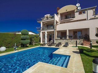 1 bedroom Villa in Vrvari, Istria, Croatia : ref 5608343