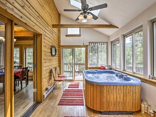 Cozy Idaho Springs Home w/ Hot Tub & Mtn Views!