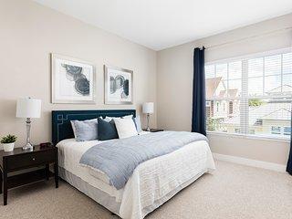 Summerville Resort - 6 Bed / 7 Bath Townhome (SMV125)