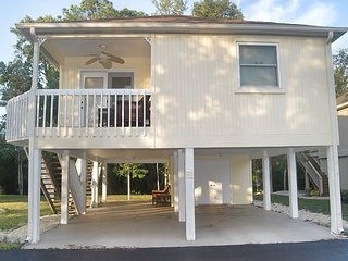 2 BR 2 BA RAISED BEACH HOUSE LESS THAN 1/2 MILE FROM THE OCEAN!!!