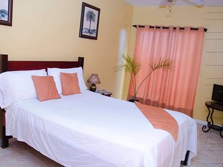 Sunset Ridge Hotel (Single Room 1)