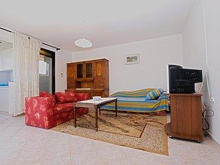 Apartment 12826