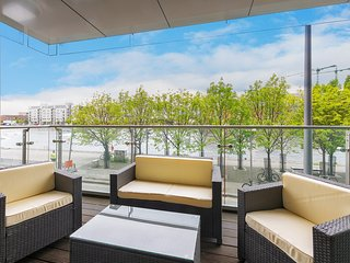 Waterfront apartment in Grand Canal Dock