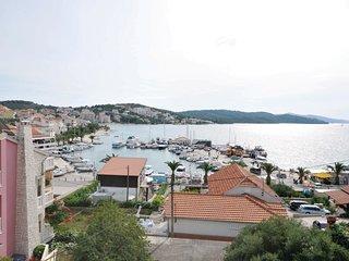 2 bedroom Apartment in Okrug Gornji, Croatia - 5562325