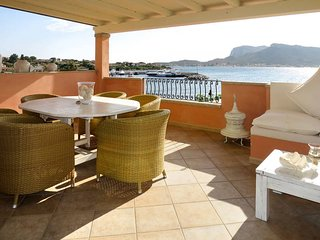 2 bedroom Apartment in Golfo Arnaci, Sardinia, Italy : ref 5677943