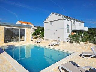 4 bedroom Villa in Sveti Krijak, Zadarska Županija, Croatia : ref 5677864